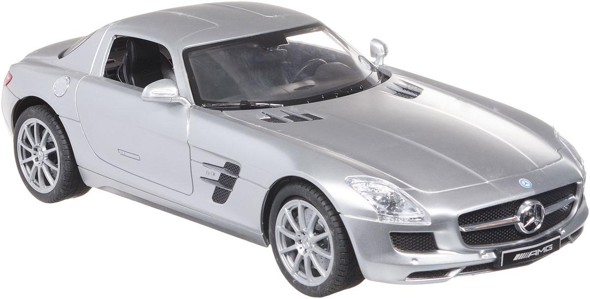 TopGear Радиоуправляемая модель Mercedes-Benz SLS AMG цвет серебристыйТ56691_серебристыйВсе мальчишки любят мощные крутые тачки! Особенно если это дорогие машины известной марки, которые, проезжая по улице, обращают на себя восторженные взгляды пешеходов. Радиоуправляемая модель TopGear Mercedes-Benz SLS - это детальная копия существующего автомобиля в масштабе 1:14. Машинка изготовлена из прочного легкого пластика; колеса прорезинены. При движении передние и задние фары машины светятся. При помощи пульта управления автомобиль может перемещаться вперед, дает задний ход, поворачивает влево и вправо, останавливается. Встроенные амортизаторы обеспечивают комфортное движение. В комплект входят машинка, пульт управления, зарядное устройство (время зарядки составляет 4-5 часов), аккумулятор. Автомобиль отличается потрясающей маневренностью и динамикой. Ваш ребенок часами будет играть с моделью, устраивая захватывающие гонки. Машина работает от аккумулятора 500 mAh напряжением 6V (входит в комплект). Пульт управления работает от 2 батареек...
