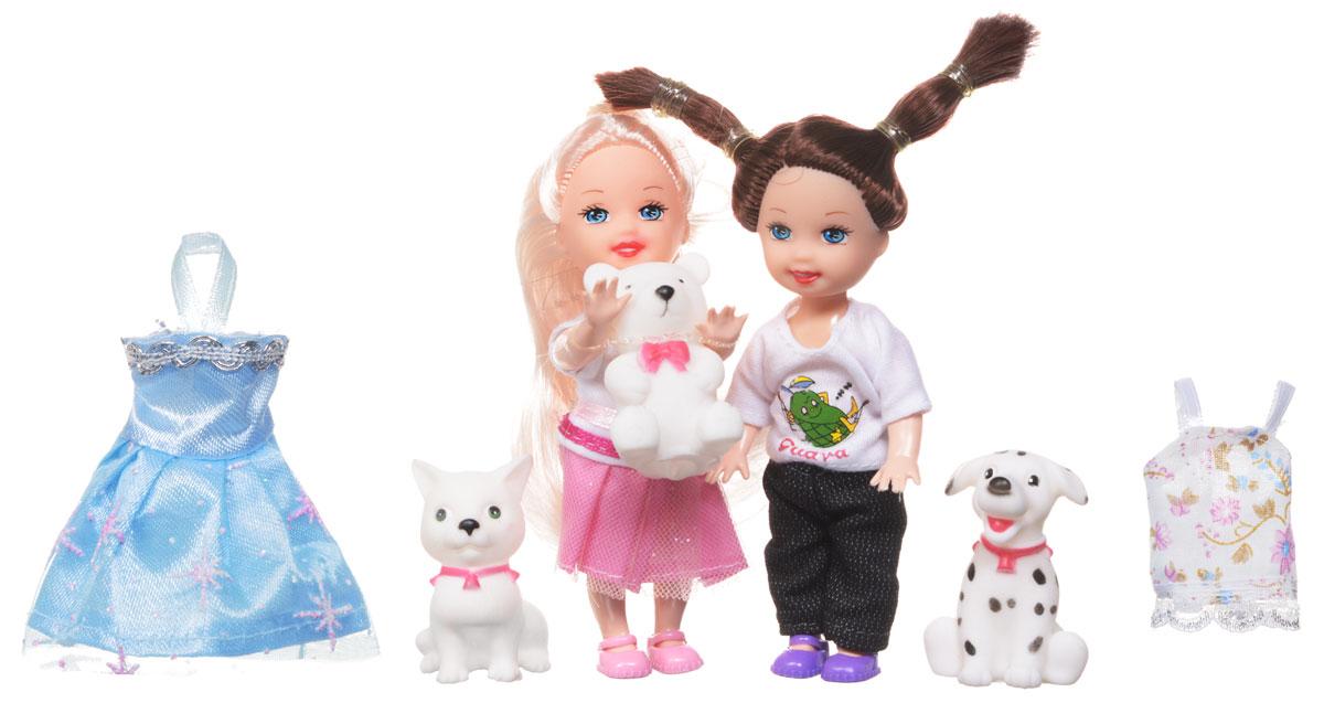 1TOY Игровой набор Красотка Mini Прогулка в городеТ55627Игровой набор Прогулка в городе порадуют любую девочку и надолго увлекут ее. В наборе две мини-куколки - блондинка и брюнетка, любительницы гламура и моды. Маленькие куколки в симпатичных одеждах, объединенные общей темой Прогулка в городе. В представленный набор входят любимцы красоток - собачка, кошечка, медвежонок. Маленькие куколки могут сменить наряды - в комплекте сменные платья для Красоток. Вашей дочурке непременно понравится заплетать и расчесывать длинные волосы куколок, придумывая разнообразные прически. Руки, ноги и голова кукол подвижны, благодаря чему им можно придавать разнообразные позы. Набор поставляется в красивой подарочной упаковке, на которой изображен городской пейзаж. Игры с куклой способствуют эмоциональному развитию, помогают формировать воображение и художественный вкус, а также разовьют в вашей малышке чувство ответственности и заботы. Великолепное качество исполнения делают эту куколку чудесным подарком к любому празднику.