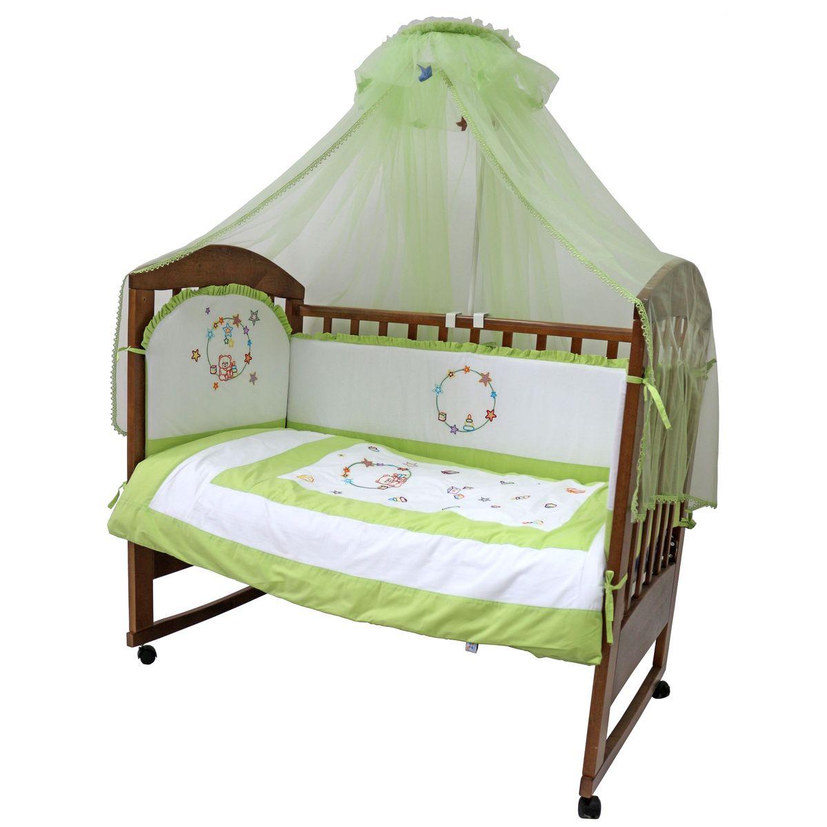 Топотушки Комплект детского постельного белья Карусель цвет зеленый белый 7 предметов4630008876206Комплект постельного белья из 7 предметов включает все необходимые элементы для детской кроватки. Комплект создает для Вашего ребенка уют, комфорт и безопасную среду с рождения; современный дизайн и цветовые сочетания помогают ребенку адаптироваться в новом для него мире. Комплекты «Топотушки» хорошо вписываются в интерьер как детской комнаты, так и спальни родителей. Как и все изделия «Топотушки» данный комплект отражает самые последние технологии, является безопасным для малыша и экологичным. Российское происхождение комплекта гарантирует стабильно высокое качество, соответствие актуальным пожеланиям потребителей, конкурентоспособную цену. Балдахин 4,5м (сетка); охранный бампер 360х40см. (из 4-х частей, наполнитель – холлофайбер); подушка 40х60см. (наполнитель – холлофайбер); одеяло 140х110см. (наполнитель – холлофайбер); наволочка 40х60см; пододеяльник 147х112см; простынь на резинке 120х60см
