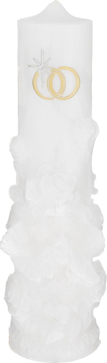 Свеча Принт Торг Очаг, цвет: белый, высота 26 см. 69.02669.026Свеча Принт Торг Очаг предназначена для свадебной церемонии. Изделие выполнено из парафина, декорировано рельефом в виде птичек и цветов и покрыто блестками. Зажигание домашнего очага молодой семьи - один из наиболее популярных брачных обычаев. Родители жениха и невесты зажигают свечи и поджигают ими свечу молодоженов, это олицетворяет передачу домашнего тепла и благосостояния от родителей к детям. Время горения - 48 часов.