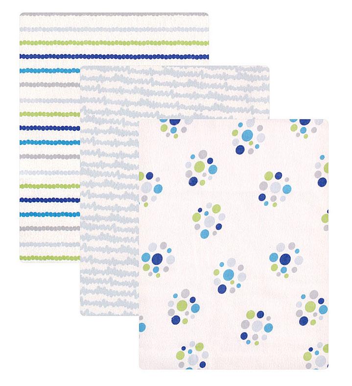 Пеленки для мальчиков Luvable Friends, 3 шт, цвет: голубой. 40148. Размер 71х71 см40148Комплект из трёх фланелевых пелёнок торговой марки Luvable Friends. Каждая пелёнка в комплекте имеет свой неповторимый дизайн. Мягкая поверхность фланели и приятная расцветка создают уют и комфорт малышу. Комплект перевязан красивой подарочной лентой. Отличный подарок для новорождённого!