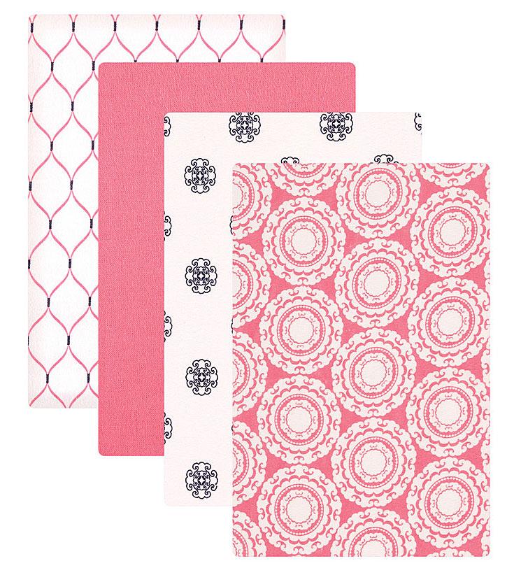 Пеленки для девочек Hudson Baby, 4 шт, цвет: розовый. 50654. Размер 76х91 см50654Прекрасный подарочный комплект для новорождённых включает 4 пелёнки. Изготовлены из необыкновенно мягкой фланели, приятной при соприкосновении с нежной кожей малыша. Каждая пелёнка в комплекте имеет свой неповторимый дизайн. Пелёнки многофункциональны: их можно использовать не только для пеленания, но и во время кормления, сна и отдыха малыша. Комплект перевязан яркой подарочной лентой, поставляется на вешалке.