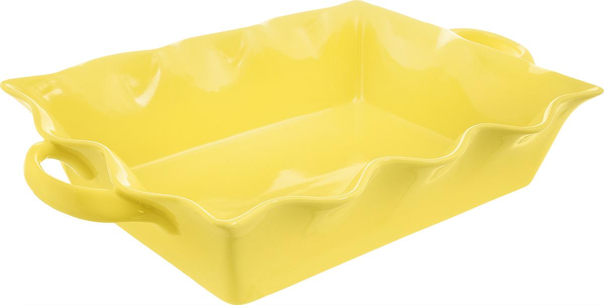 Форма для выпечки Frybest Provance, прямоугольная, цвет: желтый, 37 х 22 х 8,5 смPROV-37P ProvanceПрямоугольная форма для выпечки Frybest Provance изготовлена из экологически чистой глазурованной керамики, не выделяет вредных химических веществ во время готовки. Форма равномерно нагревается и долго сохраняет тепло, за счет чего блюда получаются изумительно нежными и сочными и сохраняют все витамины и микроэлементы. 180°С - оптимальная температура для медленного томления. Форма имеет волнистые края, высокие стенки и две удобные ручки. Идеально подходит для семейных ужинов и праздников, эта форма станет хорошим украшением стола - готовое блюдо не нужно перекладывать в другую посуду. Форма подходит для приготовления блюд в духовке (до 180°С) и микроволновой печи, можно мыть в посудомоечной машине. Внутренний размер формы: 32 х 22 см. Размер формы (с учетом ручек): 37 х 22 см. Высота стенки: 8,5 см.