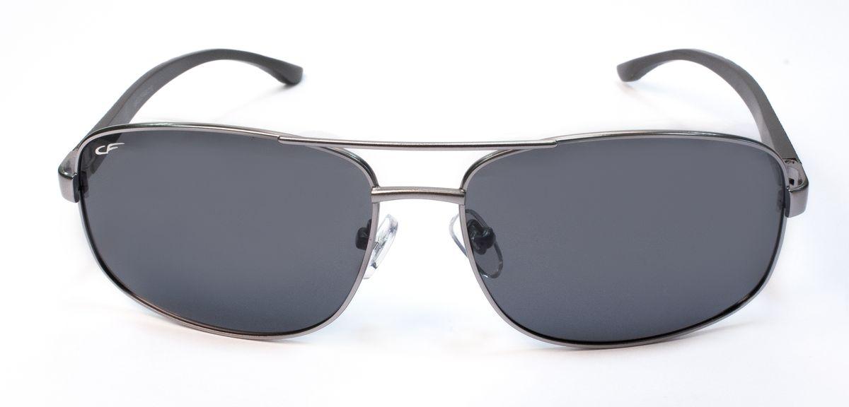 Очки поляризационные мужские Cafa France, с темными линзами. C13448C13448Стильные мужские очки Cafa France предназначены для вождения автомобиля в солнечную погоду. Модель оснащена темными поляризационными пластиковыми линзами. Очки защищают от яркого и низкого солнца, ультрафиолетового излучения, от бликов и отраженного света. Модель имеет оптимальную степень затемнения, сохраняя при этом четкую контрастность. Снижают усталость глаз. Модель оснащена металлической оправой и заушниками, оформленными рельефным узором. Такие очки обеспечат комфорт и безопасность во время вождения.