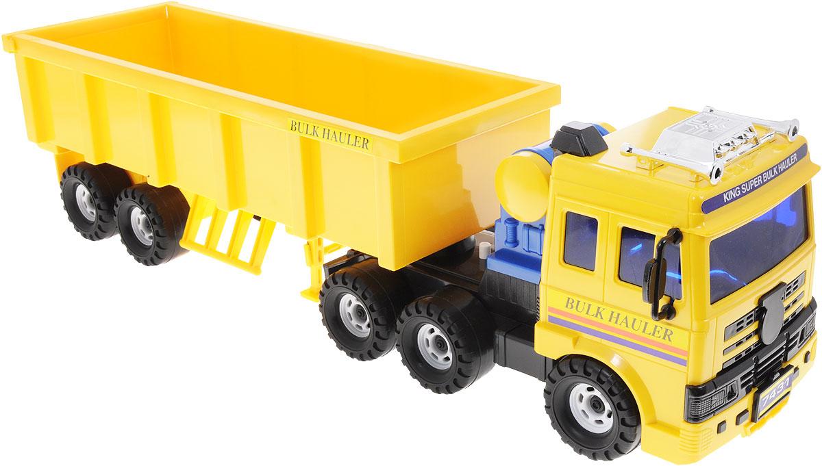 Daesung Машинка с грузовым полуприцепом904Машинка с грузовым полуприцепом Daesung, выполненная из безопасного пластика, станет любимой игрушкой вашего малыша. Большой вместительный прицеп машинки без труда отсоединяется, он дополнен складывающимися опорами. Задняя стенка прицепа откидывается, позволяя легко загружать и разгружать машинку. Игрушка оснащена инерционным ходом. Толкните машинку вперед - и она будет продолжать ехать самостоятельно. Рельефные прорезиненные колеса обеспечивают надежное сцепление с любой поверхностью пола. Игры с этой яркой машинкой развивают концентрацию внимания, координацию движений, мелкую и крупную моторику, цветовое восприятие и воображение. Ваш ребенок будет часами играть с этой машинкой, придумывая различные истории.