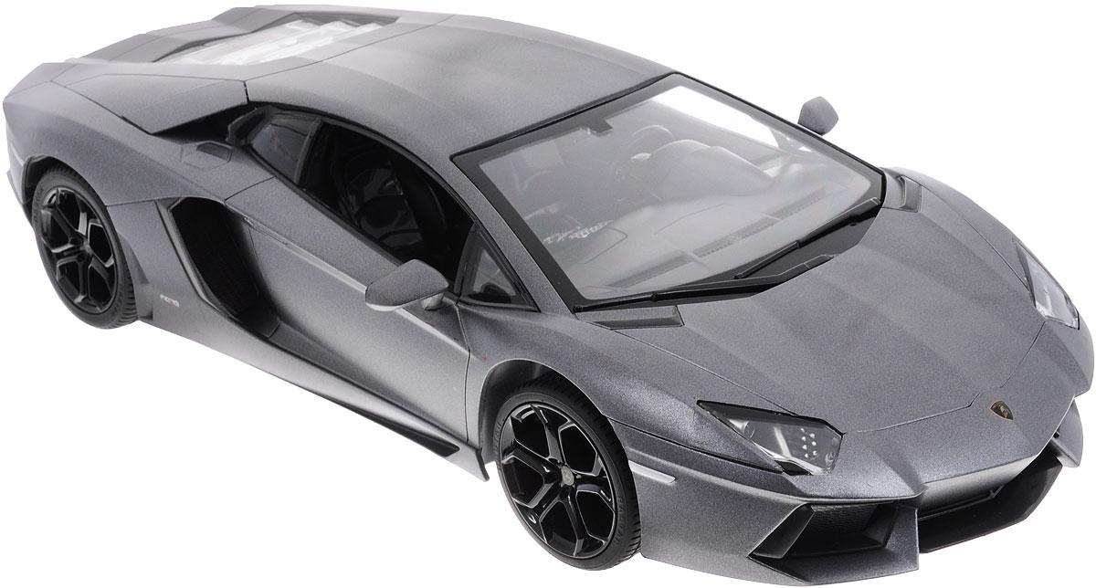 Rastar Радиоуправляемая модель Lamborghini Aventador LP 700-4 цвет стальной43000_стальнойРадиоуправляемая модель Rastar Lamborghini Aventador LP700-4 станет отличным подарком любому мальчику! Все дети хотят иметь в наборе своих игрушек ослепительные, невероятные и крутые автомобили на радиоуправлении. Тем более, если это автомобиль известной марки с проработкой всех деталей, удивляющий приятным качеством и видом. Одной из таких моделей является автомобиль на радиоуправлении Rastar Lamborghini Aventador LP700-4. Это точная копия настоящего авто в масштабе 1:14. Авто обладает неповторимым провокационным стилем и спортивным характером. Потрясающая маневренность, динамика и покладистость - отличительные качества этой модели. Возможные движения: вперед, назад, вправо, влево, остановка. Имеются световые эффекты. Пульт управления работает на частоте 27 MHz. Игрушка работает от 5 батареек типа АА (не входят в комплект). Для работы пульта управления необходима 1 батарейка напряжением 9V типа 6F22 (не входит в комплект).