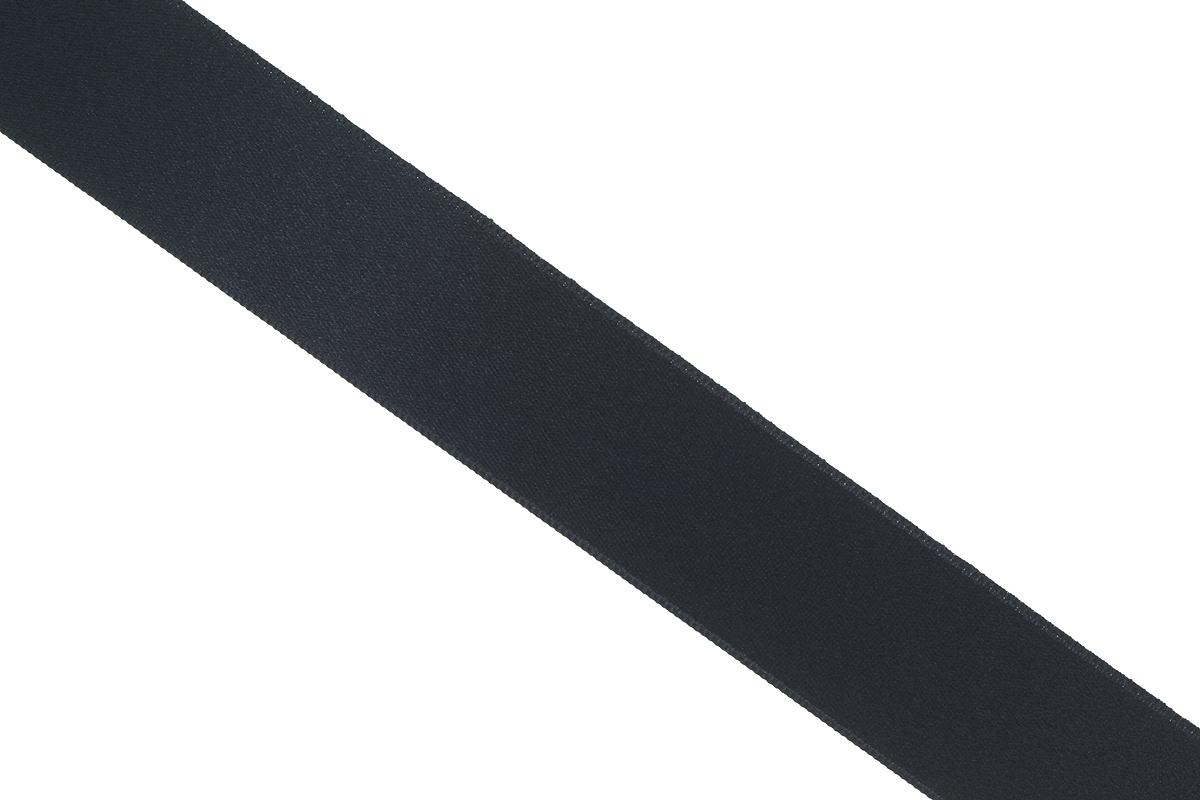 Лента атласная Prym, цвет: черный, ширина 38 мм, длина 25 м695806_0Атласная лента Prym изготовлена из 100% полиэстера. Область применения атласной ленты весьма широка. Изделие предназначено для оформления цветочных букетов, подарочных коробок, пакетов. Кроме того, она с успехом применяется для художественного оформления витрин, праздничного оформления помещений, изготовления искусственных цветов. Ее также можно использовать для творчества в различных техниках, таких как скрапбукинг, оформление аппликаций, для украшения фотоальбомов, подарков, конвертов, фоторамок, открыток и многого другого. Ширина ленты: 38 мм. Длина ленты: 25 м.