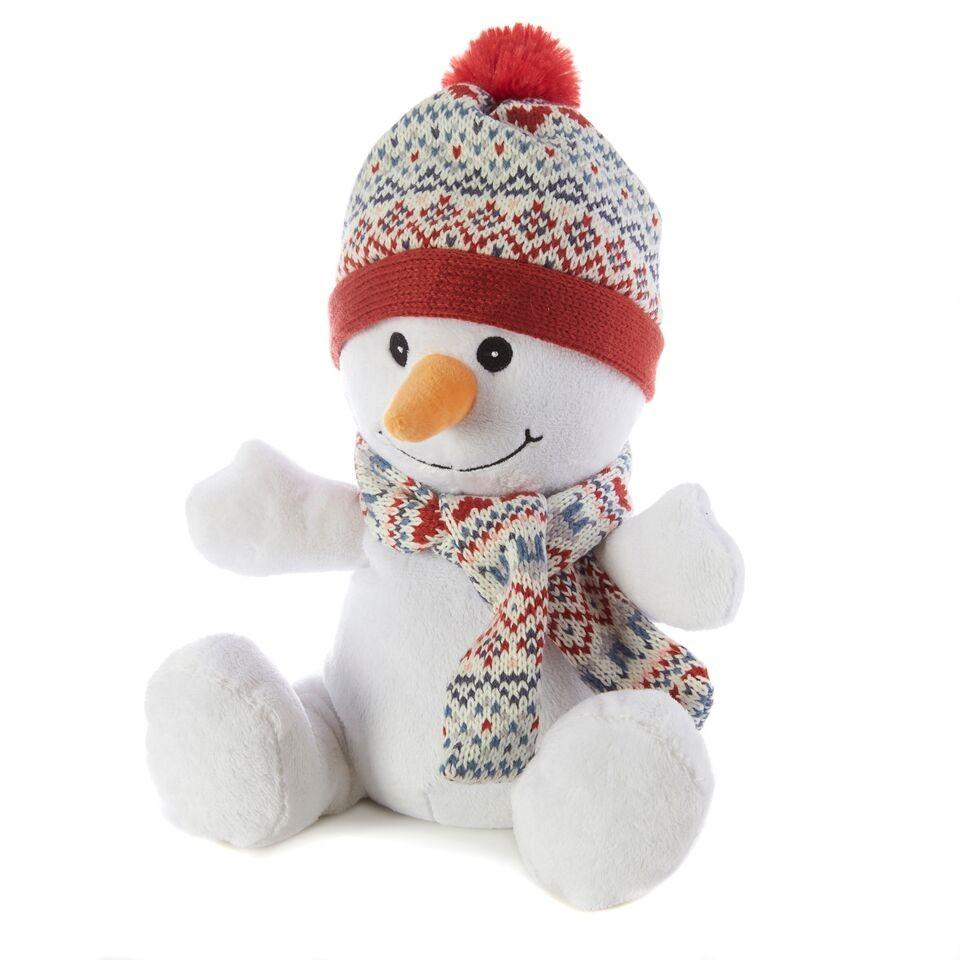 Warmies Игрушка-грелка СнеговикCP-SNO-1Положите игрушку на 1-2 минуты в микроволновую печь, и она будет греть вас на протяжении 3-4 часов. Игрушки полностью безопасны - состоят из натурального наполнителя: зерен проса и сушеной лаванды. Просо удерживает тепло долгое время, а лаванда обладает успокаивающим, расслабляющим эффектом, помогает заснуть. Лечебные свойства лаванды помогают при простудных заболеваниях. Не стирать - специальный шелковый мех легко очищается влажной тряпкой. Производитель: английская компания Intelex. Товар сертифицирован на территории России, Казахстана и Республики Беларусь. Для детей от 3х лет.