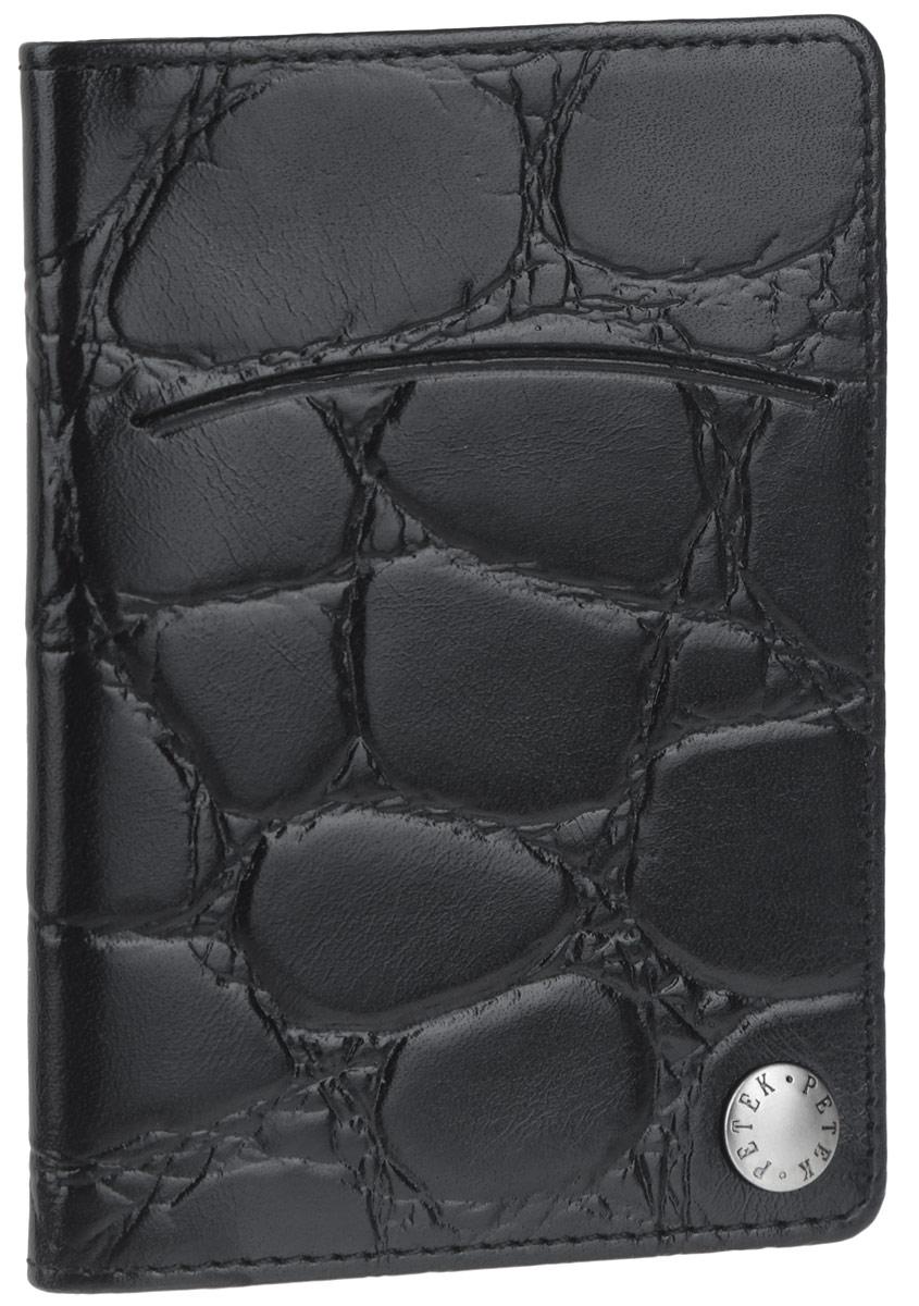 Визитница Petek 1855, цвет: черный. 601.040.01601.040.01 BlackОригинальная визитница Petek 1855 выполнена из натуральной кожи с декоративным тиснением. Внутри имеется десять файлов из прозрачного пластика, которые скреплены в углу декоративной кнопкой и раскладываются как веер. Снаружи, на передней стенке расположен прорезной карман. Великолепный аксессуар легко поместится даже в карман. Такая визитница станет отличным подарком для человека, ценящего качественные и практичные вещи.
