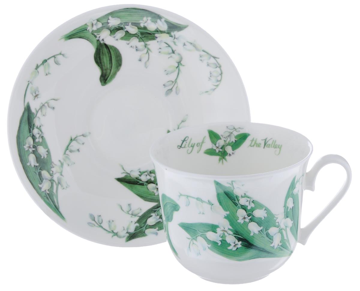 Чайная пара Roy Kirkham Ландыши, 2 предметаXFLOS1100Чайная пара Roy Kirkham Ландыши состоит из чашки и блюдца, изготовленных из тонкостенного костяного фарфора высшего качества, отличающегося необыкновенной прочностью и небольшим весом. Изделия оформлены изображением ландышей. Яркий дизайн, несомненно, придется вам по вкусу. Чайная пара Roy Kirkham Ландыши украсит ваш кухонный стол, а также станет замечательным подарком к любому празднику. Объем чашки: 500 мл. Диаметр чашки по верхнему краю: 10,5 см. Высота чашки: 8,5 см. Диаметр блюдца: 17 см. Высота блюдца: 2,5 см.