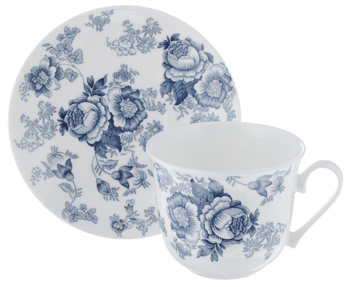 Чайная пара Roy Kirkham Викторианская роза, цвет: темно-голубой, белый, 2 предметаXBLVIC1100Чайная пара Roy Kirkham Викторианская роза состоит из чашки и блюдца, изготовленных из тонкостенного костяного фарфора высшего качества, отличающегося необыкновенной прочностью и небольшим весом. Изделия оформлены цветочным рисунком. Яркий дизайн, несомненно, придется вам по вкусу. Чайная пара Roy Kirkham Викторианская роза украсит ваш кухонный стол, а также станет замечательным подарком к любому празднику. Объем чашки: 500 мл. Диаметр чашки по верхнему краю: 10,5 см. Высота чашки: 8,5 см. Диаметр блюдца: 17 см. Высота блюдца: 2,5 см.