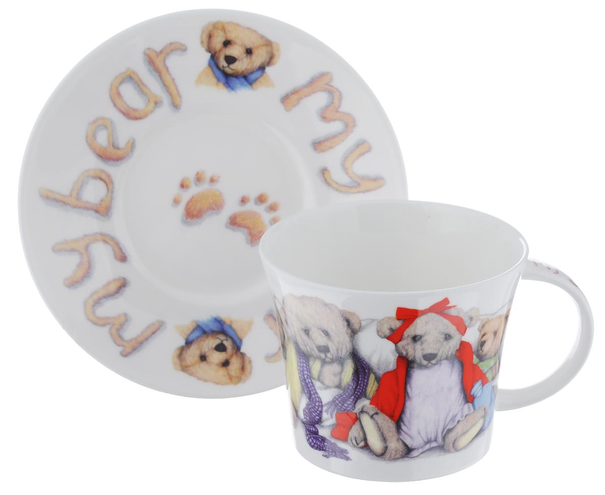 Чайная пара Roy Kirkham Мой мишка, 2 предметаXMYB1110Чайная пара Roy Kirkham Мой мишка состоит из чашки и блюдца, изготовленных из тонкостенного костяного фарфора высшего качества, отличающегося необыкновенной прочностью и небольшим весом. Изделия оформлены цветным рисунком. Яркий дизайн, несомненно, придется вам по вкусу. Чайная пара Roy Kirkham Мой мишка украсит ваш кухонный стол, а также станет замечательным подарком к любому празднику. Объем чашки: 500 мл. Диаметр чашки по верхнему краю: 10,5 см. Высота чашки: 8,5 см. Диаметр блюдца: 17 см. Высота блюдца: 2,5 см.