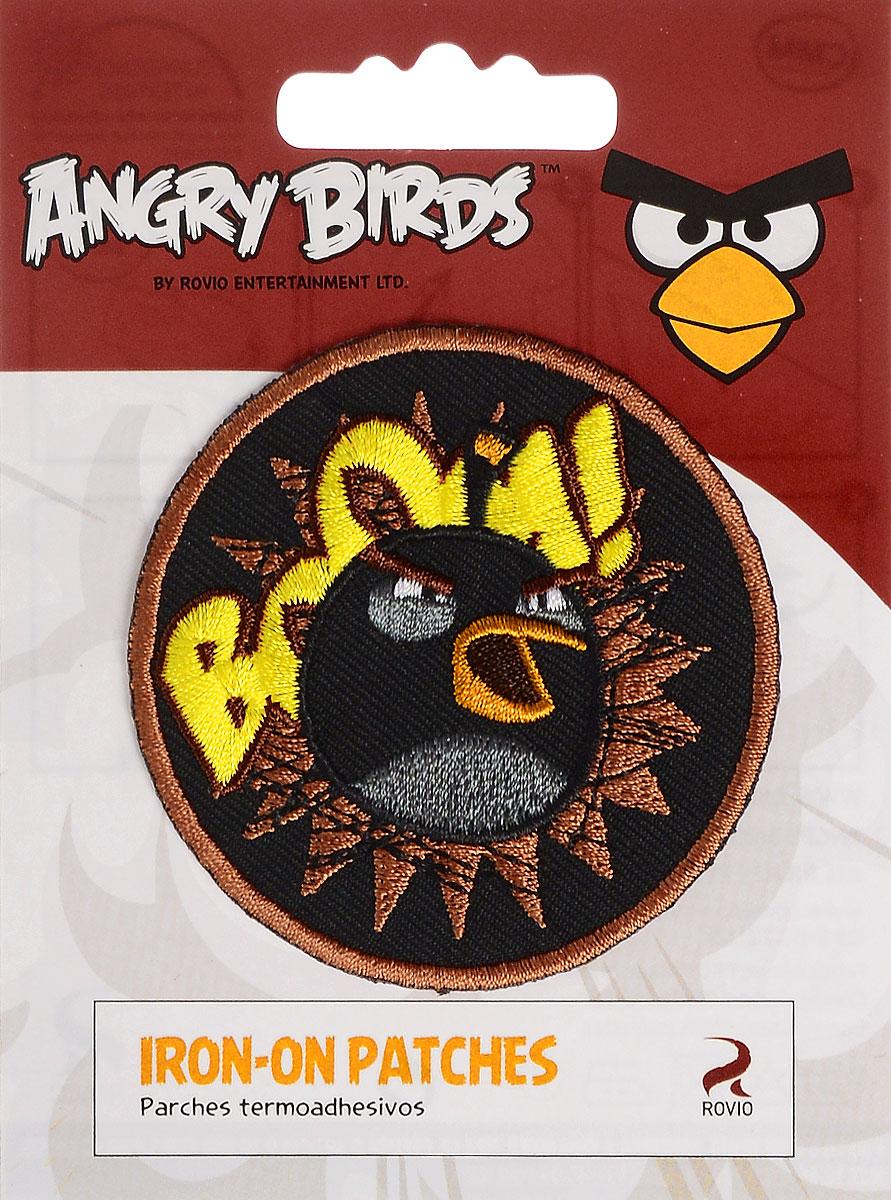 Термоаппликация Prym Angry Birds. Bomb, диаметр 6 см694169Термоаппликация Prym Angry Birds. Bomb изготовлена из полиэстера. Изделие закрепляется на ткани при помощи утюга. Накройте аппликацию тканью и прогладьте утюгом под давлением 20-30 секунд. Проутюжьте с обратной стороны и дайте остыть. Можно закреплять аппликацию стежками. Не закрепляйте аппликацию утюгом на деликатных тканях. С такой термоаппликацией вы сможете обновить старые джинсы, рубашки, кофты, детскую одежду, вещь станет неповторимой и особенной.
