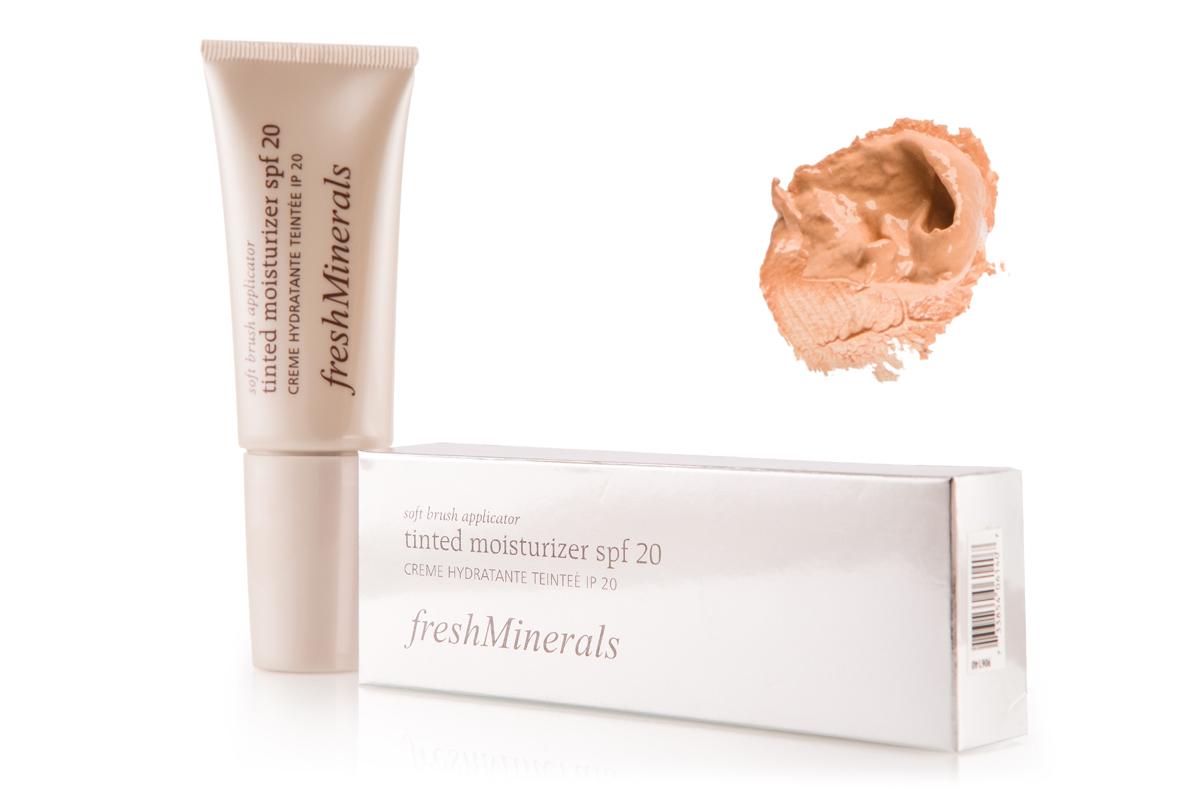 freshMinerals Увлажняющий крем с тональным эффектом SPF 20, оттенок: Nude 40 мл906142