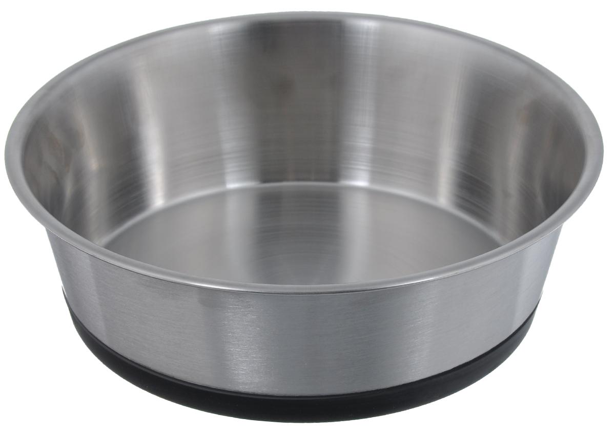 Миска для животных VM, с силиконовым основанием, 2,2 л2608DМиска для животных VM изготовлена из высококачественного металла. Внешняя и внутренняя поверхности матовые, что значительно облегчает чистку. Дно миски оснащено силиконовой прослойкой, которая предотвратит скольжение и повреждение пола. Диаметр (по верхнему краю): 21 см. Высота миски: 6,6 см. Объем: 2,2 л.