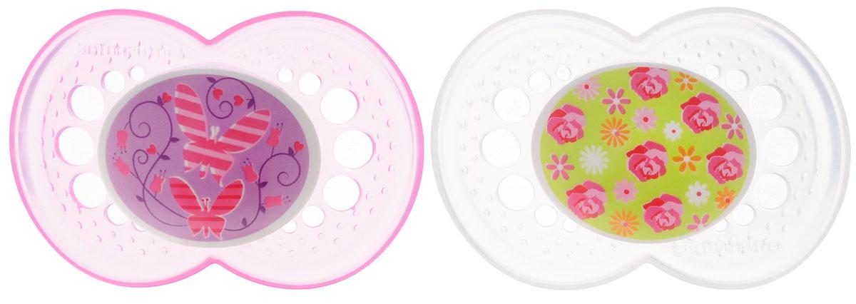 MAM Пустышка силиконовая Original от 6 до 16 месяцев цвет фиолетовый прозрачный 2 шт6037/5Силиконовая пустышка MAM Original предназначена для детей от 6 до 16 месяцев. Размер соски разработан в соответствии с возрастом ребенка. Ортодонтическая форма соски способствует естественному развитию неба и челюсти. Анатомическая форма нагубника повторяет форму рта и обеспечивает удобство при движении нижней челюсти. Дополнительную безопасность обеспечивают вентиляционные отверстия. Все материалы абсолютно безопасны для здоровья ребенка. В наборе 2 пустышки в практичном пластиковом боксе для стерилизации и транспортировки. Силиконовая пустышка MAM Original - это модный аксессуар, сочетающий качество, функциональность и положительные эмоции. Не содержит бисфенол А.