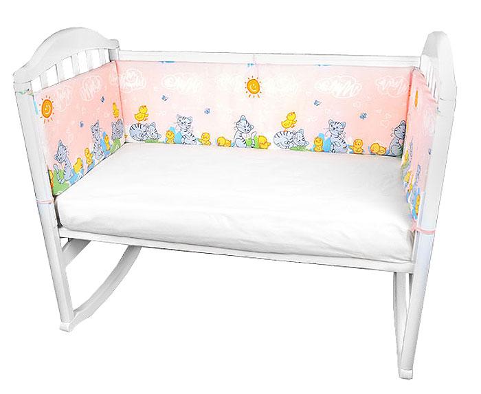 Baby Nice Бампер в кроватку Котята и цыплята цвет розовыйB79067_розовыйБампер в кроватку Baby Nice Котята и цыплята состоит из четырех бортиков - 2 размером 120 х 35 см и 2 - 60 х 35 см. Бортик крепится к кроватке с помощью специальных завязок, благодаря чему его можно поместить в любую детскую кроватку. Бампер выполнен из бязи - натурального хлопка безупречной выделки с авторским рисунком. Деликатные швы рассчитаны на прикосновение к нежной коже ребенка. Бампер спокойной приятной расцветки оформлен изображением забавных зверушек. Наполнителем служит периотек (полиэфирное волокно) - эластичный синтетический материал, экологически безопасный и гипоаллергенный, обладающий высокими теплозащитными свойствами. Бампер защитит ребенка от возможных ударов о деревянные или металлические части кроватки.