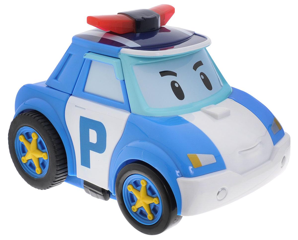 Robocar Poli Робот-трансформер на радиоуправлении83086Робот-трансформер на радиоуправлении Poli непременно понравится вашему ребенку. Он выполнен в виде полицейской машинки-робота Поли - персонажа мультфильма Robocar Poli. Поли - настоящий полицейский, самый сильный, смелый, отважный, честный и справедливый. У него есть, чему поучиться. С Поли можно играть как с полицейским автомобилем, догоняя нарушителей на улицах городка, а можно перевоплотить его в робота с помощью пульта управления и помогать жителям. Колеса машинки прорезинены. При перевоплощении из машины в робота Поли воспроизводит три мелодии, при этом его сирена мигает. В форме робота игрушка передвигается в разные стороны и двигает руками. Машинка автоматически переходит в энергосберегающий режим после 10 минут с момента последней игры. В комплект входят инструкция по эксплуатации на русском языке и очень удобный для детской руки пульт управления. На нем расположены три большие кнопки. Антенна мягкая, безопасная, пораниться об нее невозможно. Робот...