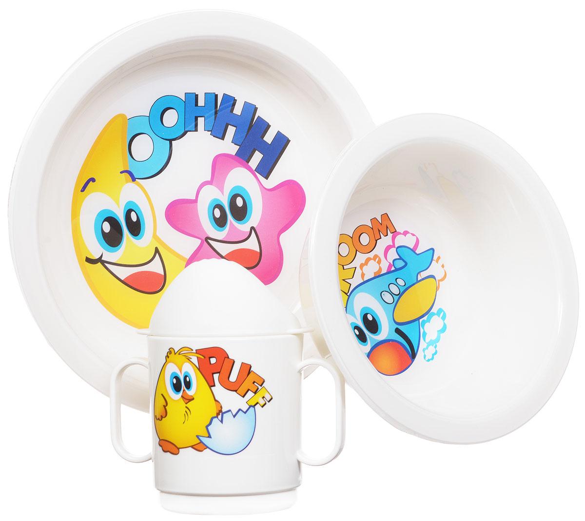 Cosmoplast Набор детской посуды Baby Tris Set 3 предмета2548_белыйДетский сервиз Baby Tris Set состоит из суповой тарелки, обеденной тарелки и чашки-поильника с двумя ручками. Яркие пластиковые тарелочки, оформленные красочными изображениями, прекрасно подойдут для кормления ребенка, или самостоятельного приема им пищи. Эргономичная форма позволит удобно держать тарелки во время кормления. Чашка-поильник со съемной крышечкой имеет две удобные ручки. Все предметы набора изготовлены из высококачественного пищевого пластика по специальной технологии, которая гарантирует простоту ухода, прочность и безопасность изделий для детей. Предметы сервиза оформлены красочными рисунками, которые обязательно понравятся вашему малышу. Элементы набора не содержат бисфенол-А. Уважаемые клиенты! Обращаем ваше внимание на возможные варьирования в дизайне товара. Поставка возможна в зависимости от наличия на складе.