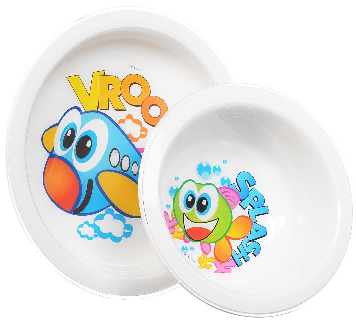 Cosmoplast Набор детской посуды New Baby Set 5 предметов2390_самолет,рыбкаДетский сервиз New Baby Set состоит из суповой тарелки, обеденной тарелки, чашки с двумя ручками, ложки и вилки. Яркие пластиковые тарелочки, оформленные изображениями рыбки и самолетика, прекрасно подойдут для кормления ребенка, или самостоятельного приема им пищи. Эргономичная форма позволит удобно держать тарелки во время кормления и легко зачерпывать еду. Набор столовых приборов предназначен специально для ребенка, который только учится самостоятельно держать в ручках ложку и вилку. Набор состоит из двух предметов - ложки и вилки, которые вмещают в себя порции, предназначенные для малыша. Эргономичные ручки удобно располагаются в кулачке ребенка, помогая развивать координацию движений. Для безопасного использования зубцы вилки слегка закруглены, при этом отлично насаживают пищу. Чашка имеет две удобные ручки. Все предметы набора изготовлены из высококачественного пищевого пластика по специальной технологии, которая гарантирует простоту ухода, прочность и...