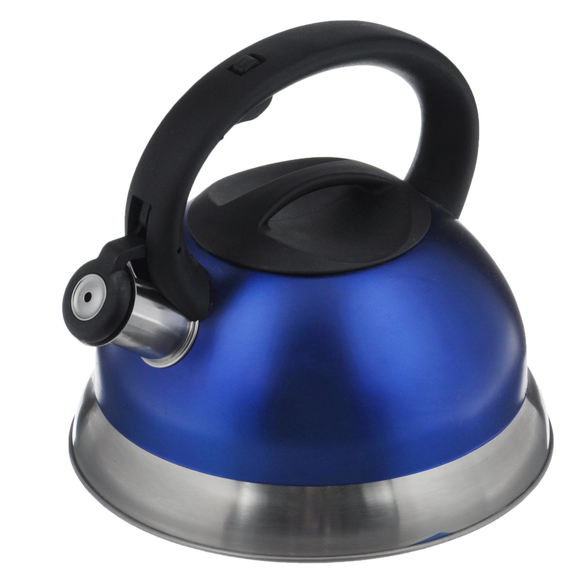 Чайник Bekker Premium, со свистком, цвет: синий, 2,7 л. BK-S461BK-S461_синийЧайник Bekker Premium изготовлен из высококачественной нержавеющей стали 18/10 с цветным матовым покрытием. Капсулированное дно распределяет тепло по всей поверхности, что позволяет чайнику быстро закипать. Крышка и эргономичная фиксированная ручка выполнены из бакелита черного цвета. Носик оснащен откидным свистком, который подскажет, когда закипела вода. Свисток открывается и закрывается нажатием кнопки на рукоятке. Подходит для всех типов плит, включая индукционные. Можно мыть в посудомоечной машине. Высота чайника (без учета ручки): 11,5 см. Высота чайника (с учетом ручки): 21 см. Толщина стенки: 0,4 мм.