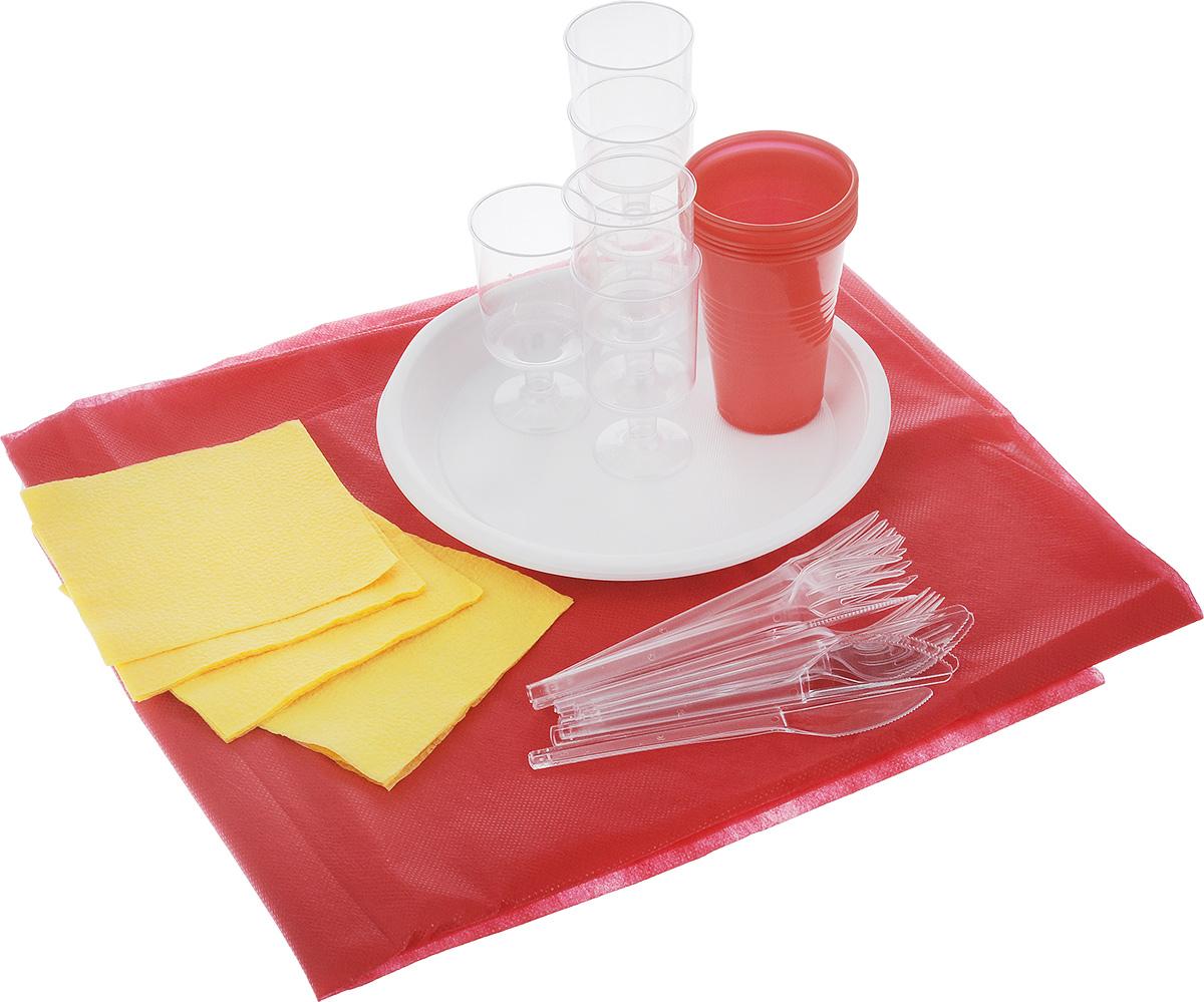 Набор пластиковой посуды SHL На природу!, на 6 персон, 37 предметов в ассортименте1403Набор пластиковой посуды SHL состоит из скатерти, 6 тарелок, 6 стаканчиков, 6 рюмок, 6 вилок, 6 ножей и 6 салфеток. Посуда выполнена из пищевого пластика, предназначена для холодных и горячих (до +70°С) пищевых продуктов. В комплекте предусмотрена красная прямоугольная скатерть из нетканого волокна. Такой набор посуды отлично подойдет для отдыха на природе. В нем есть все необходимое для пикника. Диаметр тарелки: 21 см. Объем стакана: 200 мл. Диаметр стакана (по верхнему краю): 7 см. Высота стакана: 9,5 см. Объем рюмки: 100 мл. Диаметр рюмки (по верхнему краю): 5 см. Высота рюмки: 9,5 см. Длина ложки/вилки: 15 см. Размер салфетки: 23 х 24 см. Размер скатерти: 123 х 142 см.