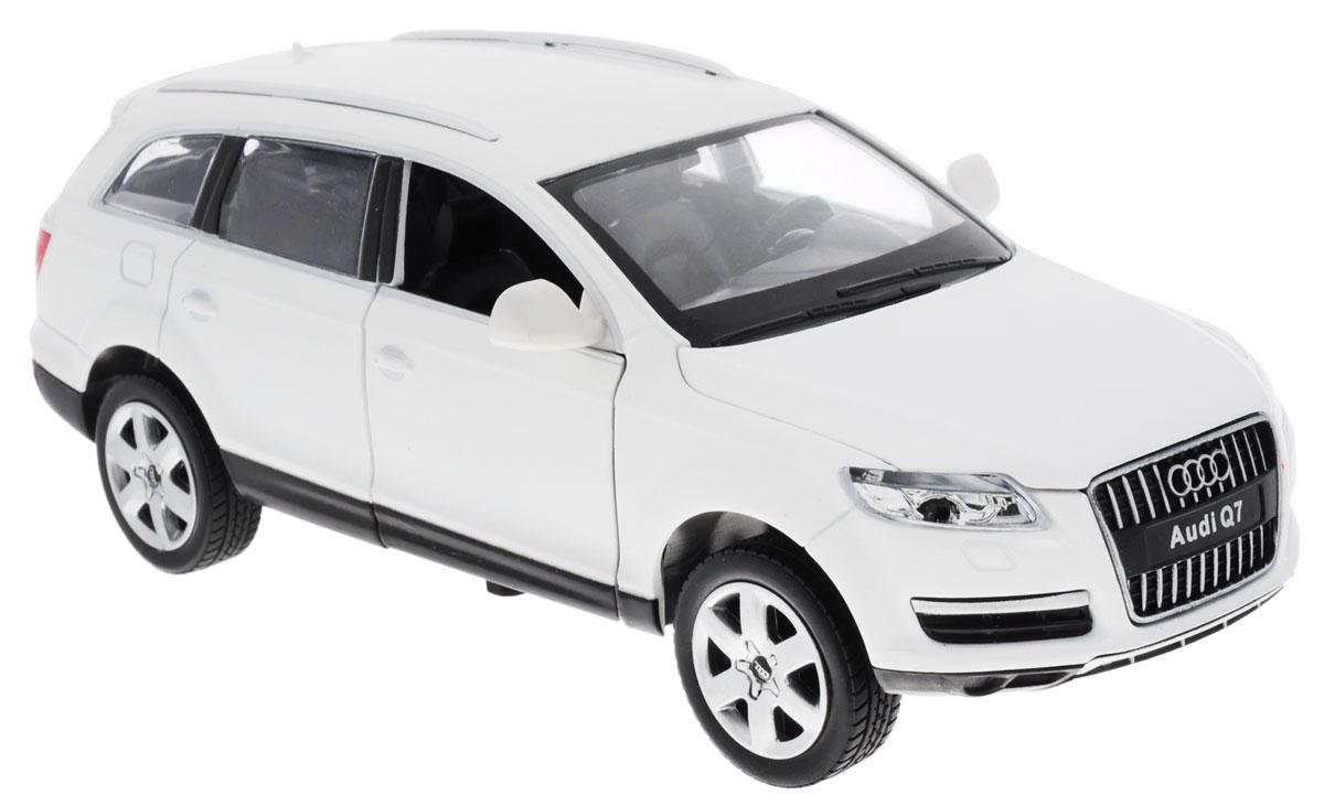 Maxi Toys Машинка инерционная АудиCP-68249AМодель автомобиля MSZ Audi Q7 - это точная копия оригинальной машины в масштабе 1:24. Выполненная из высококачественного металла и пластика, она обязательно понравится не только ребенку, но и взрослому. Игрушечная модель оснащена металлическим корпусом и подвижными колесами. Передние двери машинки, капот и багажник открываются, салон детализирован. Модель дополнена световыми и звуковыми эффектами. Игрушка оснащена инерционным ходом. Для того чтобы автомобиль поехал вперед, необходимо его отвести назад, а затем резко отпустить. Прорезиненные колеса обеспечивают надежное сцепление с любой поверхностью пола. Машинка является отличным подарком для юного гонщика. Во время игры с такой машинкой, у ребенка развивается мелкая моторика рук, фантазия и воображение. Рекомендуется докупить 3 батарейки типа AG13 (товар комплектуется демонстрационными).