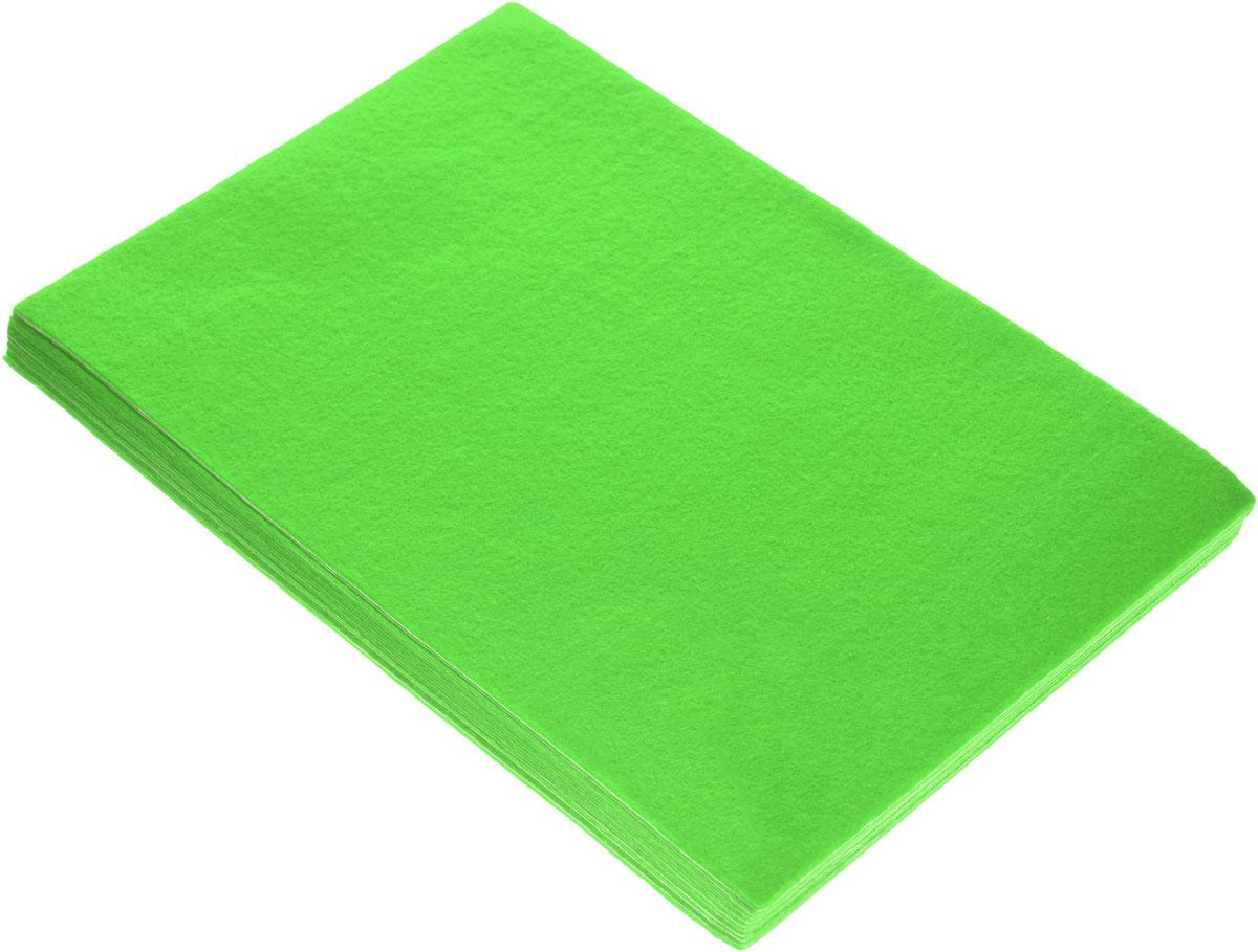 Отрезок фетра Hobby&You, цвет: свежая зелень (09), 20 х 30 см, 10 шт695292_09 свежая зеленьОтрезок фетра Hobby&You изготовлен из 100% полиэстера. Лист фетра можно использовать целиком или вырезать из него различные фигуры. Работать с фетром просто и удобно: он легко режется, не осыпаясь по краям, легко шьется и приклеивается, не имеет лица и изнанки, из него получаются отличные аппликации. Фетр используется для изготовления открыток ручной работы и скрап-страничек, для создания бижутерии и аксессуаров для волос, для декора мебели, изготовления ковриков, диванных подушек, подставок под горячее, сумок и многого другого. Толщина: 1,4 мм. Размер листа: 20 х 30 см.