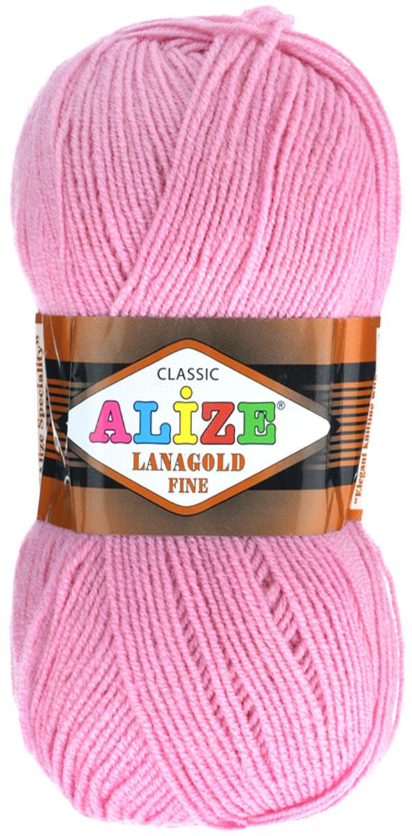 Пряжа для вязания Alize Lanagold Fine, цвет: чайная роза (98), 390 м, 100 г, 5 шт547499_98Alize Lanagold Fine - это полушерстяная пряжа для ручного вязания. Нить плотно скручена, гибкая, послушная, не пушится, не электризуется, аккуратно ложится в петли и не деформируется после распускания. Стойкое равномерное окрашивание обеспечивает широкую палитру оттенков. Соотношение шерсти и акрила - формула практичности. Высокие тепловые характеристики сочетаются с эстетикой, носкостью и простотой ухода за вещью. Классическая пряжа для зимнего сезона, может использоваться для детской и взрослой одежды. Alize Lanagold Fine - универсальная пряжа, которая будет хорошо смотреться в узорах любой сложности. Рекомендуемый размер спиц 2,5-4 мм и крючка 2-4 мм. Состав: 49% шерсть, 51% акрил.