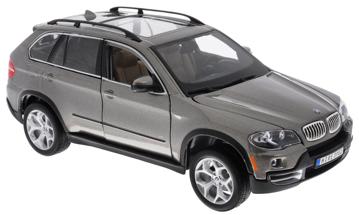 Bburago Модель автомобиля BMW X5 цвет серый18-12076Модель автомобиля Bburago BMW X5 привлечет к себе внимание не только детей, но и взрослых. Модель представлена в масштабе 1:18 и в точности воспроизводит все детали внешнего облика реального автомобиля BMW X5. Корпус машины выполнен из металла с использованием пластиковых элементов, колеса прорезинены. Модель оборудована открывающимися передними дверцами, капотом и багажником, а также подвижными колесами. Во время игры с такой машинкой у ребенка развивается мелкая моторика рук, фантазия и воображение. Ребенок будет в восторге от такого подарка!