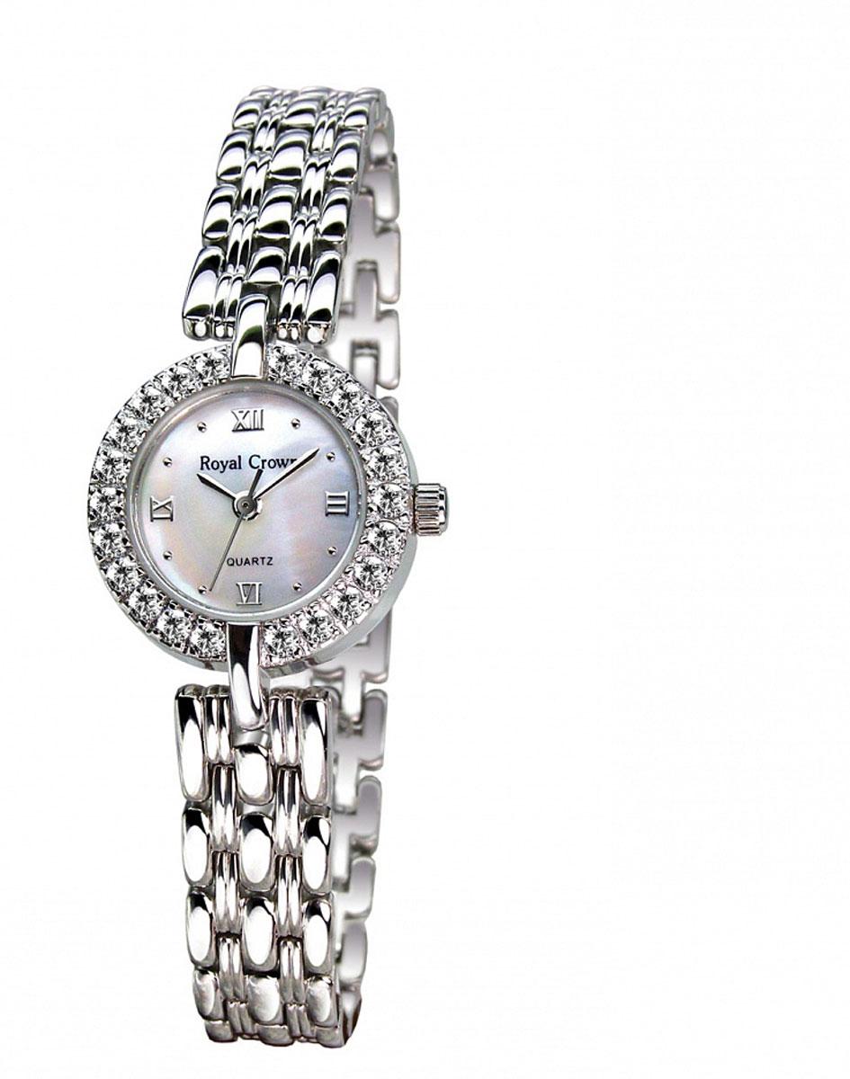 Часы женские наручные Royal Crown, цвет: серебряный, белый. 3602-RDM-63602-RDM-6Элегантные женские часы Royal Crown изготовлены из латуни нержавеющей стали и минерального стекла. Корпус изделия оформлен чешскими цирконами, циферблат дополнен перламутром. Корпус часов оснащен кварцевым механизмом, который имеет степень влагозащиты равную 3 Bar, а также устойчивым к царапинам минеральным стеклом. Практичный складной замок, предусмотренный в конструкции браслета, позволит снимать и надевать часы. Часы поставляются в фирменной упаковке. Часы Royal Crown подчеркнут изящность женской руки и отменное чувство стиля у их обладательницы.