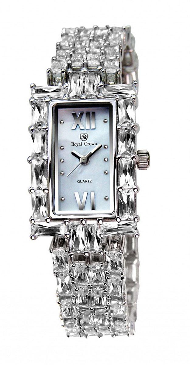 Часы наручные женские Royal Crown, цвет: серебристый. 3793-RDM-53793-RDM-5Наручные кварцевые часы Royal Crown выполнены из высококачественного металла с напылением ионами стали и оформлены вставками из камней. Браслет оснащен удобной металлической застежкой, которая надежно зафиксирует изделие на запястье. Часы оснащены минеральным, устойчивым к царапинам, стеклом с сапфировым напылением и задней крышкой из гипоаллергенной нержавеющей стали.