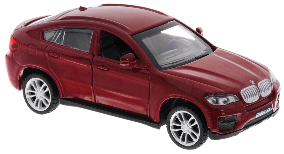 MSZ Модель автомобиля BMW X6 цвет бордовыйCP-67313-RМодель автомобиля MSZ BMW X6 обязательно привлечет к себе внимание не только детей, но и взрослых. Модель представлена в масштабе 1:38 и в точности воспроизводит все детали внешнего облика реального автомобиля BMW X6. Модель оснащена открывающимися передними дверцами и подвижными колесами. Игрушка обладает инерционным ходом. Для того чтобы автомобиль поехал вперед, необходимо его отвести назад, а затем резко отпустить. Прорезиненные колеса обеспечивают надежное сцепление с любой поверхностью пола. Машинка является отличным подарком для юного гонщика. Во время игры с такой машинкой, у ребенка развивается мелкая моторика рук, фантазия и воображение.