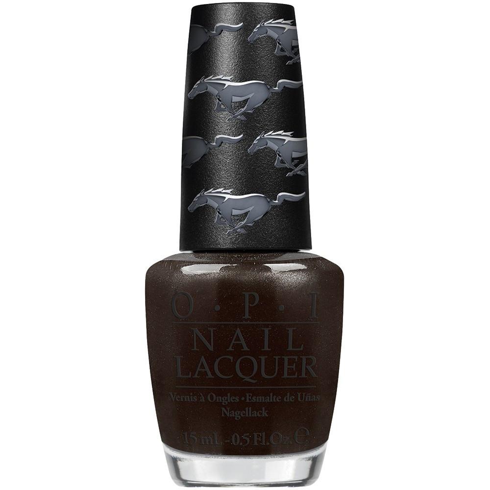 OPI Лак для ногтей Queen of the Road, 15 млNLF70Лак для ногтей OPI быстросохнущий, содержит натуральный шелк и аминокислоты. Увлажняет и ухаживает за ногтями. Форма флакона, колпачка и кисти специально разработаны для удобного использования и запатентованы.