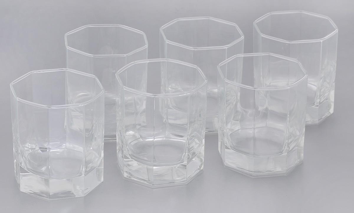 Набор стаканов Luminarc Octime, 300 мл, 6 штH9810Набор Luminarc Octime состоит из шести стаканов, выполненных из натрий-кальций-силикатного стекла. Изделия предназначены для подачи воды и других напитков. Они отличаются особой легкостью и прочностью, излучают приятный блеск и издают мелодичный хрустальный звон. Стаканы станут идеальным украшением праздничного стола и отличным подарком к любому празднику. Можно мыть в посудомоечной машине. Диаметр стакана (по верхнему краю): 8 см. Высота: 9 см.