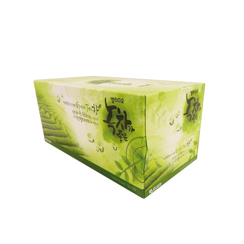Monalisa Салфетки для лица с экстрактом зеленого чая Bellagio Green Tea 180шт.(+30шт)222653Салфетки Bellagio Green Tea созданы для тех, кто привык к красоте во всем, что его окружает. Мягкие и нежные салфетки с ароматом зеленого чая, который имеет успокаивающий эффект. Изысканная упаковка, идеально впишется в любое место в доме. Салфетки, не содержат ОВА (флуоресцентных осветлителей), а первоначальная обработка бумаги при температуре 450 градусов - гарантия гигиены. В упаковке 210 шт.