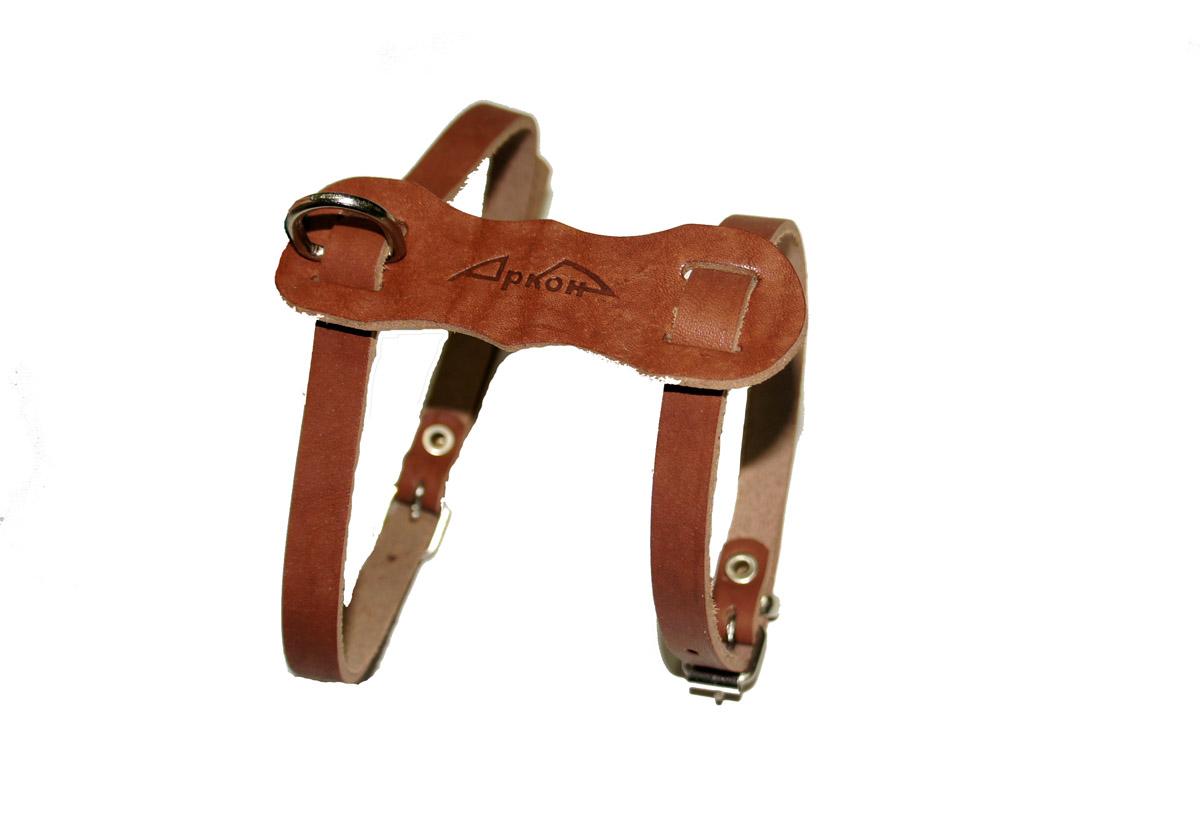 Шлейка Аркон Люкс, цвет: коньячный. шлкшлкШлейка - это альтернатива ошейнику. Правильно подобранная шлейка от компании «Аркон» не стесняет движения собаки, не натирает кожу, поэтому животное чувствует себя в ней уверенно и комфортно.