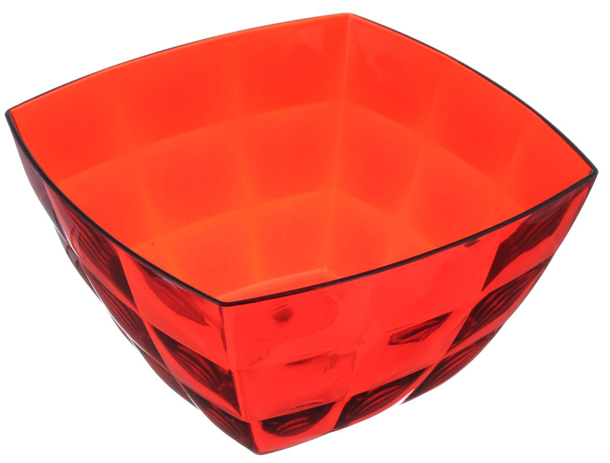 Салатник Idea Квадро, цвет: красный, 2 лМ 1356Салатник Idea Квадро изготовлен из полистирола и идеально подходит для сервировки стола. Он не только украсит ваш кухонный стол и подчеркнет прекрасный вкус хозяйки, но и станет отличным подарком. Размер салатника (по верхнему краю): 19 х 19 см.