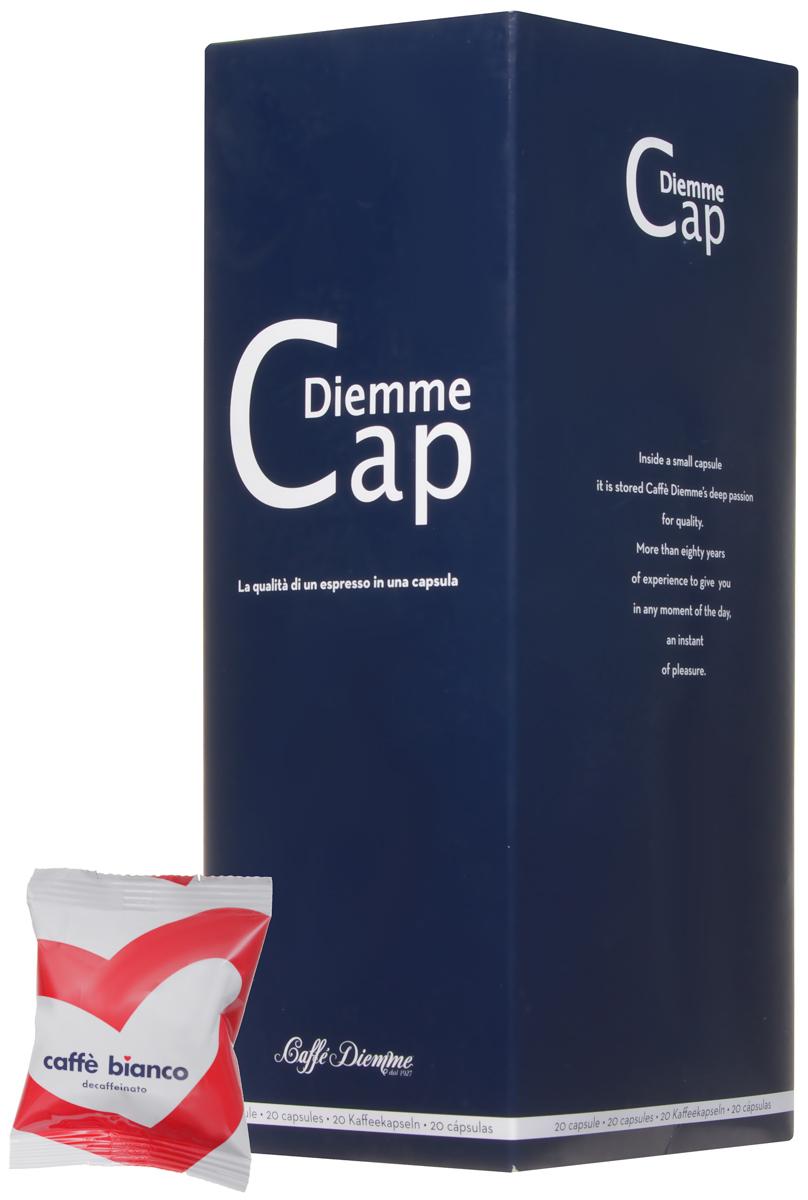 Diemme Caffe Bianco кофе в капсулах, 20 шт8003866001114Caffe Bianco - кофе без кофеина от Diemme Caffe создан специально для тех, кто хочет насладиться восхитительным эспрессо, но при этом предпочитает декофеинированный кофе. Содержание кофеина не превышает 0,10%.