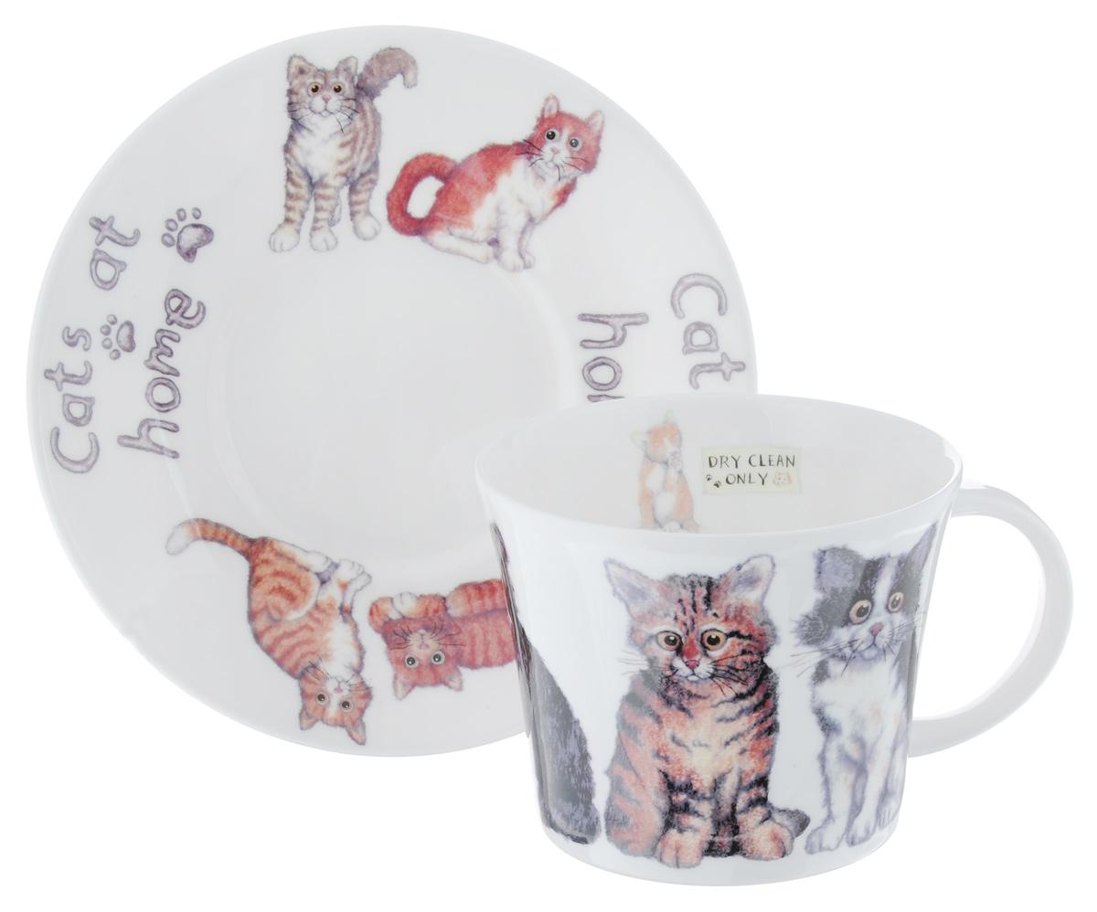 Чайная пара Roy Kirkham Кошки дома, 2 предметаXCAT1110Чайная пара Roy Kirkham Кошки дома состоит из чашки и блюдца, изготовленных из тонкостенного костяного фарфора высшего качества, отличающегося необыкновенной прочностью и небольшим весом. Изделия оформлены изображением кошек и иностранными надписями. Яркий дизайн, несомненно, придется вам по вкусу. Чайная пара Roy Kirkham Кошки дома украсит ваш кухонный стол, а также станет замечательным подарком к любому празднику. Объем чашки: 500 мл. Диаметр чашки по верхнему краю: 10,5 см. Высота чашки: 8,5 см. Диаметр блюдца: 17 см. Высота блюдца: 2,5 см.