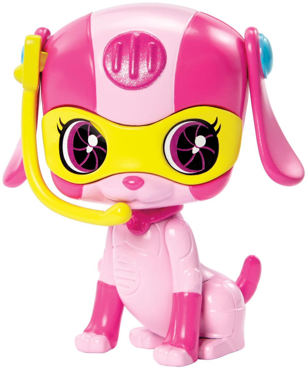 Barbie Фигурка Питомец секретных агентов СобакаDHF12_DHF13Фигурка Barbie Питомец секретных агентов. Собака обязательно привлечет внимание юных любительниц Barbie. Питомцы-роботы готовы помочь в трудную минуту! В фильме Barbie Spy Squad гимнастку мирового класса Барби берут в секретные агенты вместе с подругами Терезой и Рене, и отважная троица объезжает весь мир в погоне за известной взломщицей. Им помогают в этом любимые роботы-питомцы. Выберите любого: колоритного пса, кота, сову или кролика. Каждый готов к подвигам, а помогут им в этом шпионские очки или шлем!