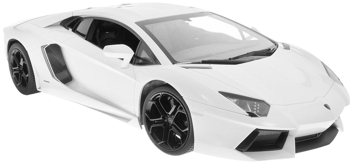 Rastar Радиоуправляемая модель Lamborghini Aventador LP 700-4 цвет белый52600_белыйРадиоуправляемая модель Rastar Lamborghini Aventador LP 700-4 станет отличным подарком любому мальчику! Все дети хотят иметь в наборе своих игрушек ослепительные, невероятные и крутые автомобили на радиоуправлении. Тем более, если это автомобиль известной марки с проработкой всех деталей, удивляющий приятным качеством и видом. Одной из таких моделей является автомобиль на радиоуправлении Rastar Lamborghini Aventador LP 700-4. Это точная копия настоящего авто в масштабе 1:10. Авто обладает неповторимым провокационным стилем и спортивным характером. Модель отличается потрясающей маневренностью, динамикой и покладистостью. Возможные движения: вперед, назад, вправо, влево, остановка. Имеются световые эффекты. Пульт управления работает на частоте 27 MHz. Машина работает от сменного аккумулятора (входит в комплект). Для работы пульта управления необходима 1 батарейка 9V (6F22) (не входит в комплект).