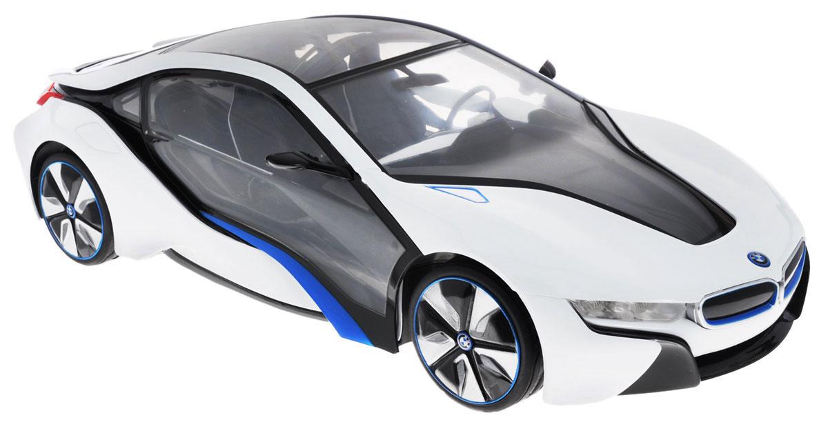 Rastar Радиоуправляемая модель BMW i8 цвет белый серый масштаб 1:1449600Радиоуправляемая модель Rastar BMW I8 невероятно точно повторяет роскошный силуэт настоящего автомобиля. Маневренная и реалистичная выполнена в точной детализации с настоящим автомобилем в масштабе 1:14. Управление машиной происходит с помощью пульта. Машинка двигается вперед и назад, поворачивает направо, налево и останавливается. Имеются световые эффекты. Колеса игрушки прорезинены и обеспечивают плавный ход, машинка не портит напольное покрытие. Радиоуправляемые игрушки способствуют развитию координации движений, моторики и ловкости. Ваш ребенок часами будет играть с моделью, придумывая различные истории и устраивая соревнования. Машина работает от 5 батареек напряжением 1,5V типа АА (не входят в комплект). Пульт управления работает от батарейки 9V типа Крона (не входит в комплект).