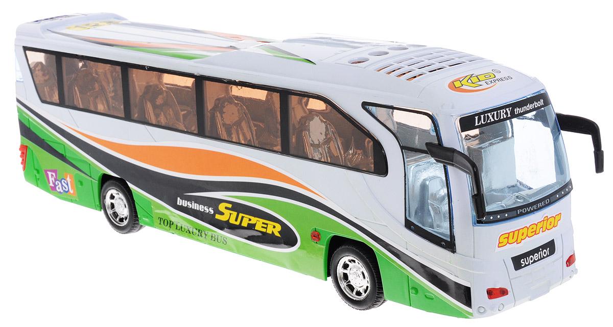 Junfa Toys Автобус инерционный3088CИнерционный автобус от Junfa Toys - это отличная машинка для сюжетно-ролевой игры. Автобус выглядит, как настоящий. Внутри, через окна, можно разглядеть удобные сидения для пассажиров. При движении автобуса играет музыка и мигают фары. Автобус оснащен инерционным механизмом, достаточно немного подтолкнуть автобус вперед или назад, и он самостоятельно поедет дальше. Для работы игрушки необходимы 3 батарейки типа AG13 (товар комплектуется демонстрационными).