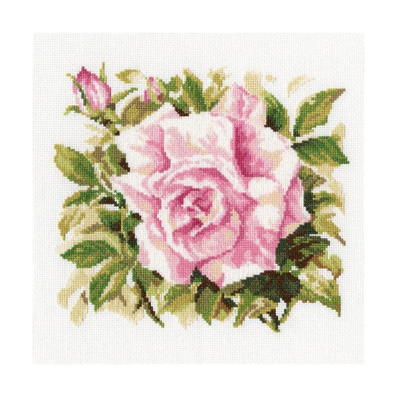 Набор для вышивания крестом RTO Роза Грандифлора, 26 х 26 смМ372Красивый рисунок-вышивка, выполненный на канве, выглядит оригинально и всегда модно. Работа, сделанная своими руками, создаст особый уют и атмосферу в доме и долгие годы будет радовать вас и ваших близких. Набор для вышивания RTO Роза Грандифлора содержит все необходимые материалы. Вышивка выполняется техникой счетный крест. В состав набора входит: - канва Aida 14 белая без рисунка (100% хлопок), 5,5 клеток = 1 см; - вышивальные нитки-мулине DMC на карте, разобранные по цветам (20 цветов, 100% хлопок); - символьная схема; - инструкция; - игла для вышивания.