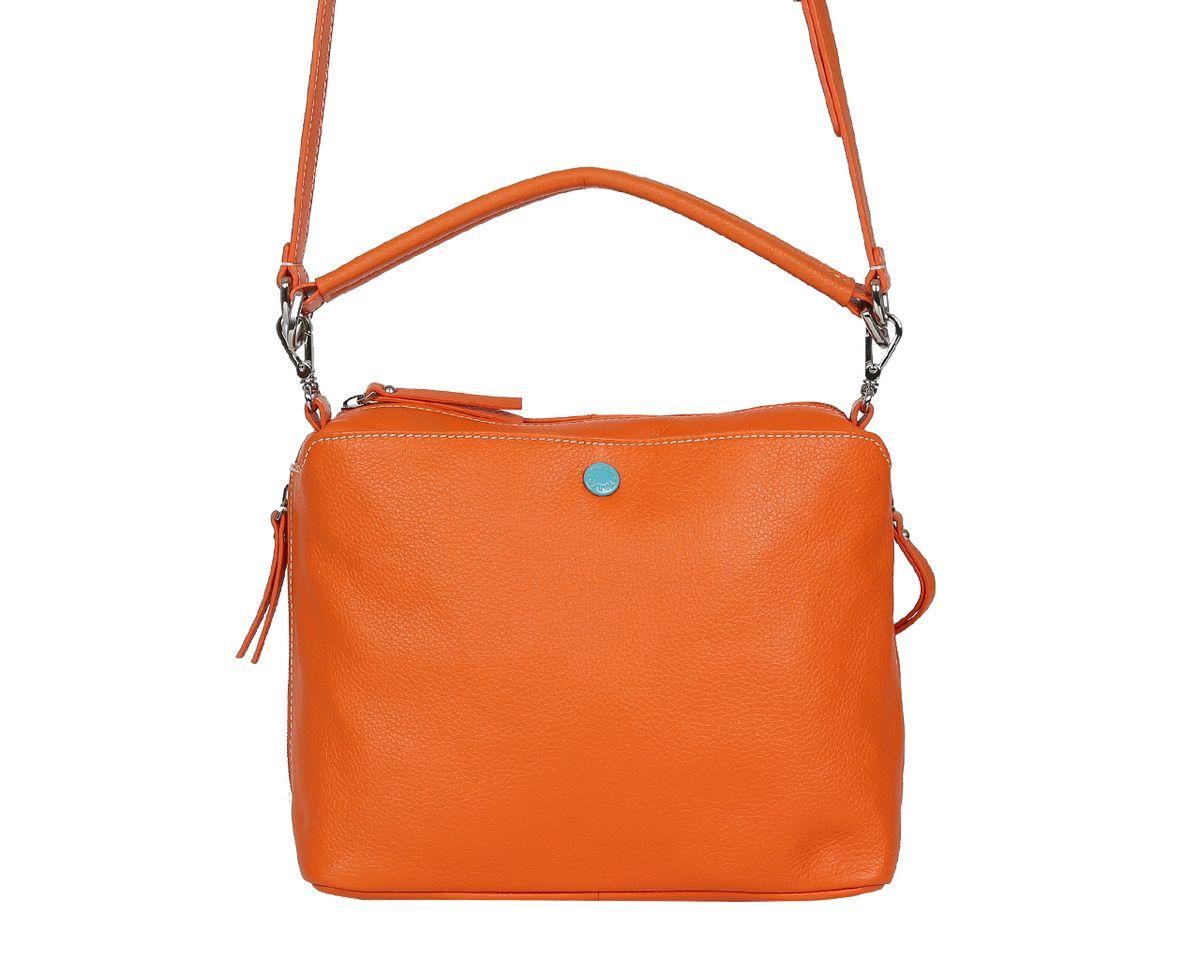 Сумка женская Palio, цвет: оранжевый. 14422A-44414422A-444 orangeСтильная женская сумка Palio выполнена из натуральной кожи, оформлена металлической фурнитурой. Изделие содержит одно отделение, которое закрывается на молнию. Внутри расположены два накладных кармашка для мелочей и врезной карман на молнии. Снаружи, на задней стороне изделия, расположен врезной карман на молнии. Лицевая сторона дополнена накладным карманом, который закрывается на магнитную кнопку. По бокам изделия размещены два дополнительных врезных кармана на молниях. Сумка оснащена съемным плечевым ремнем-цепочкой и съемной лямкой. Оригинальный аксессуар позволит вам завершить образ и быть неотразимой.