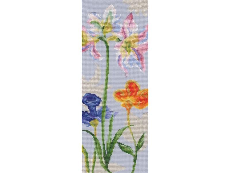 Набор для вышивания крестом RTO Цветы радуги, 15 х 38 смМ568Красивый рисунок-вышивка, выполненный на канве, выглядит оригинально и всегда модно. Работа, сделанная своими руками, создаст особый уют и атмосферу в доме и долгие годы будет радовать вас и ваших близких. Набор для вышивания RTO Цветы радуги содержит все необходимые материалы. Вышивка выполняется швом счетный крест в две нити мулине. В состав набора входит: - канва Aida 14 серо-голубого цвета (100% хлопок), 5,5 клеток = 1 см; - вышивальные нитки-мулине DMC на карте, разобранные по цветам (34 цвета, 100% хлопок); - символьная схема; - инструкция; - игла для вышивания. Уровень сложности: 3.