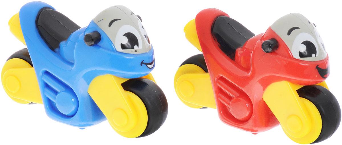 Smoby Набор мотоциклов Vroom Planet 2 шт цвет синий красный211405_синий, красныйНабор мотоциклов Smoby Vroom Planet привлечет внимание вашего ребенка и надолго останется его любимой игрушкой. Плавные формы без острых углов, яркие цвета - все это выгодно выделяет эти игрушки из ряда подобных. Мотоциклы Smoby развивают концентрацию внимания, координацию движений, мелкую моторику рук, цветовое восприятие и воображение. Малыш будет часами играть с этим набором, устраивая соревнования на скорость.