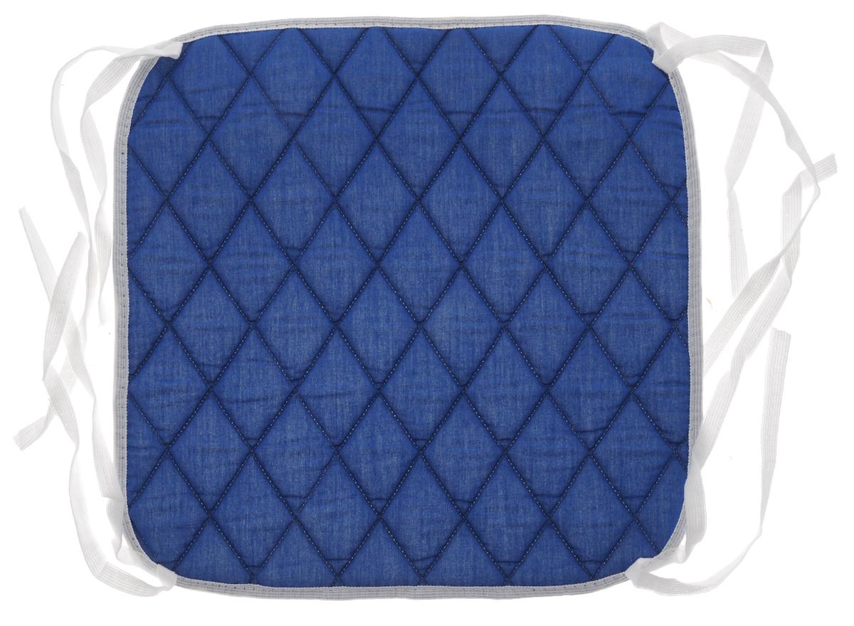 Подушка на стул Eva, цвет: синий, 34 х 34 смЕ06_синийПодушка Eva, изготовленная из хлопка, прослужит вам не один десяток лет. Внутри - мягкий наполнитель из полиэстера. Стежка надежно удерживает наполнитель внутри и не позволяет ему скатываться. Подушка легко крепится на стул с помощью завязок. Правильно сидеть - значит сохранить здоровье на долгие годы. Жесткие сидения подвергают наше здоровье опасности. Подушка с наполнителем из полиэстера поможет предотвратить многие беды, которыми грозит сидячий образ жизни. Размер подушки: 34 х 34 х 1 см.