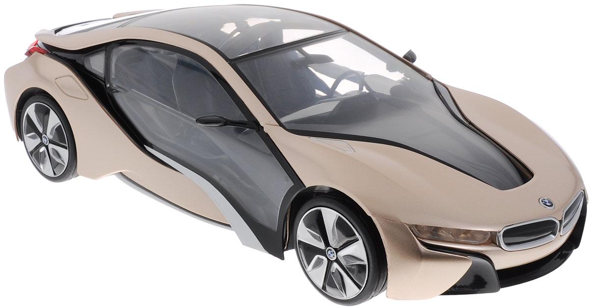 Rastar Радиоуправляемая модель BMW i8 цвет золотистый черный49600-12Радиоуправляемая модель Rastar BMW i8 станет отличным подарком любому мальчику! Все дети хотят иметь в наборе своих игрушек ослепительные, невероятные и модные автомобили на радиоуправлении. Тем более, если это автомобиль известной марки с проработкой всех деталей, удивляющий приятным качеством и видом. Одной из таких моделей является автомобиль на радиоуправлении Rastar BMW i8. Это точная копия настоящего авто в масштабе 1:14. Автомобиль обладает неповторимым провокационным стилем и спортивным характером. Потрясающая маневренность, динамика и покладистость - отличительные качества этой модели. Возможные движения: вперед, назад, вправо, влево, остановка. При движении загораются фары и стоп-сигналы. При нажатии на крышу - эффект бриллиантового свечения салона автомобиля. Для работы игрушки необходимы 5 батареек типа АА (не входят в комплект). Для работы пульта управления необходима 1 батарейка типа Крона (не входит в комплект).
